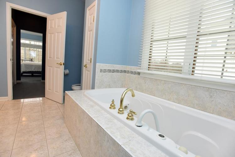 8737 Doubletree Drive S Crown Point, IN 46307 | MLS 466327 | photo 26