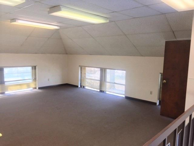 512 E Commercial Avenue Lowell IN 46356 | MLS 466500 | photo 20