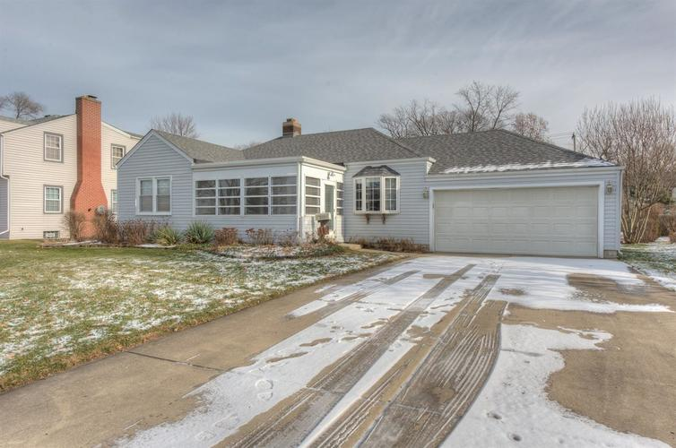 7809 State Line Avenue Munster, IN 46321 | MLS 467422 | photo 1