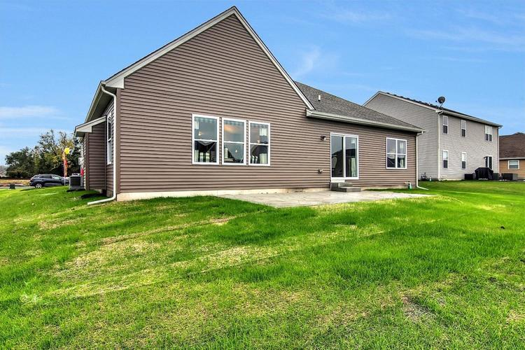 7606 E 120th Avenue Crown Point IN 46307 | MLS 468002 | photo 4