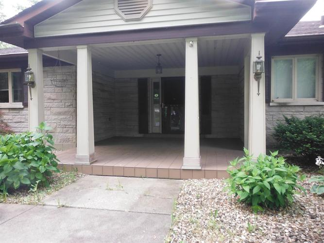 948 Quinn Place Dyer, IN 46311 | MLS 468750 | photo 2