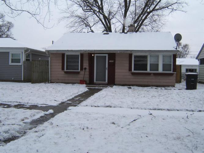 1205 W 43rd Place Hobart, IN 46342 | MLS 469086 | photo 2