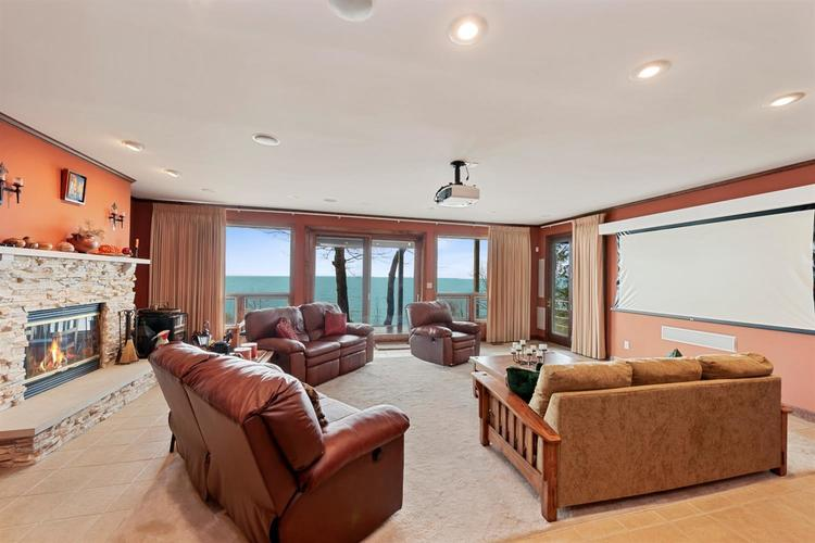 337 E Lake Front Drive Beverly Shores IN 46301 | MLS 469147 | photo 16