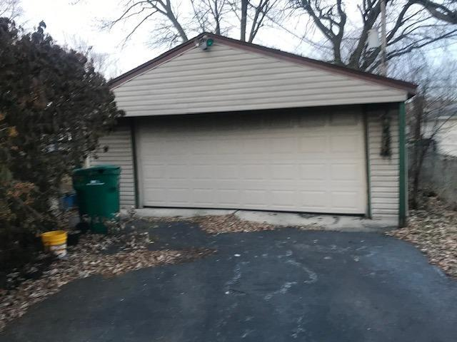 8130 Kooy Drive Munster, IN 46321 | MLS 469428 | photo 25
