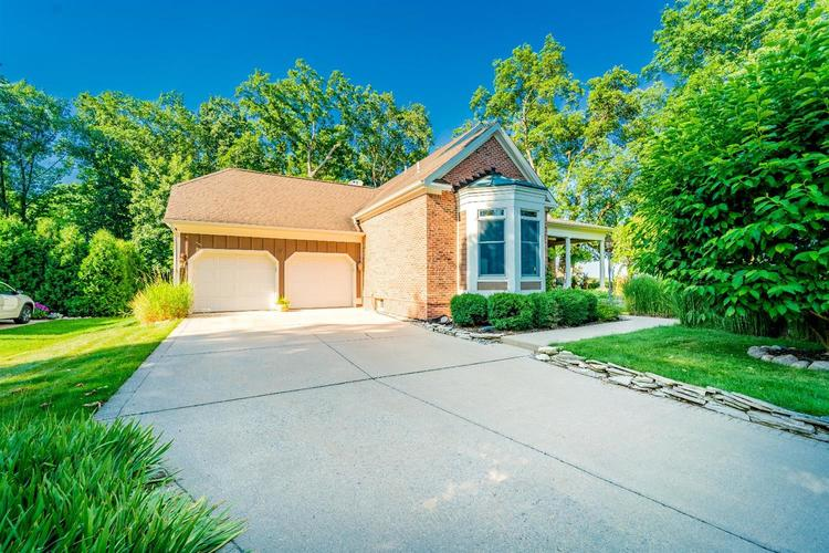 263 Turnberry Drive Valparaiso IN 46385 | MLS 470219 | photo 2
