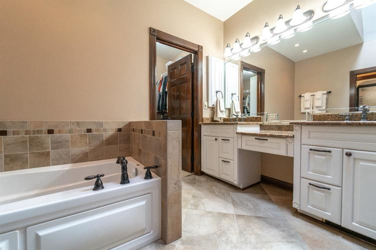 263 Turnberry Drive Valparaiso IN 46385 | MLS 470219 | photo 23