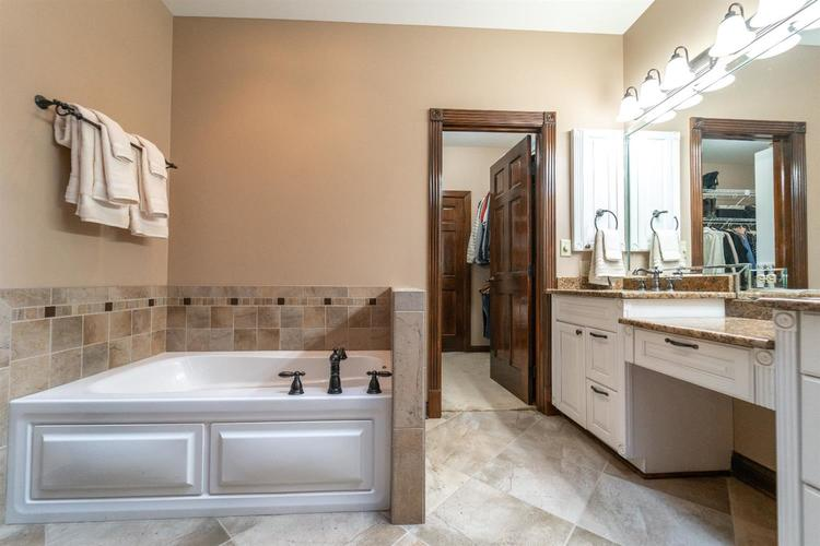 263 Turnberry Drive Valparaiso IN 46385 | MLS 470219 | photo 24