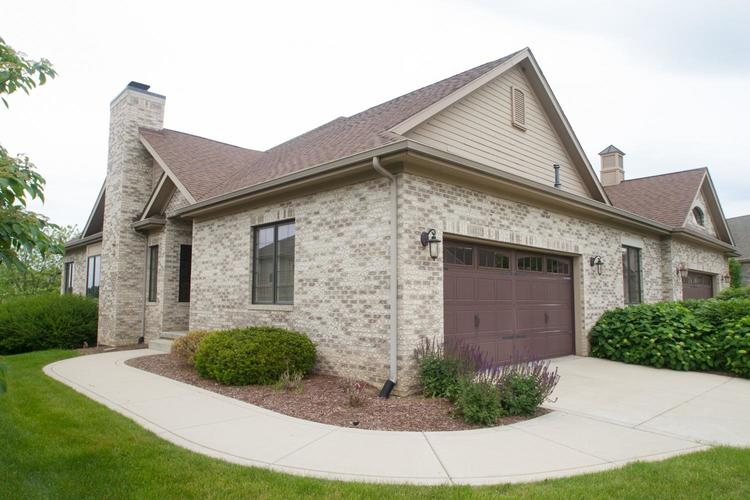 3062 Indian Summer Circle Valparaiso IN 46385 | MLS 470578 | photo 1