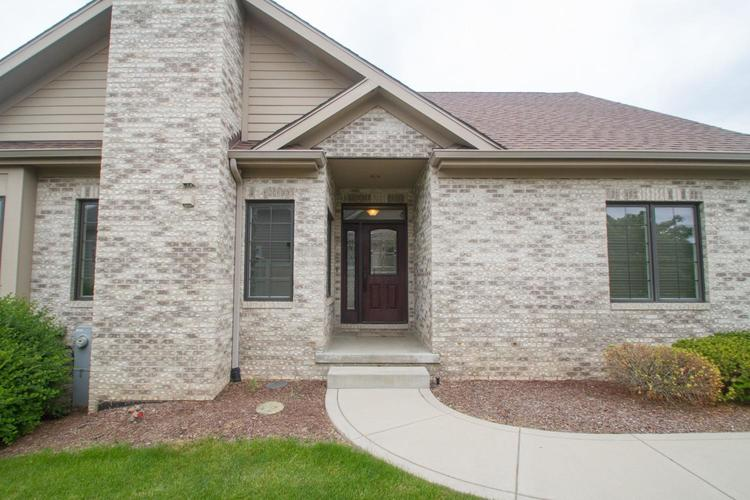 3062 Indian Summer Circle Valparaiso IN 46385 | MLS 470578 | photo 5
