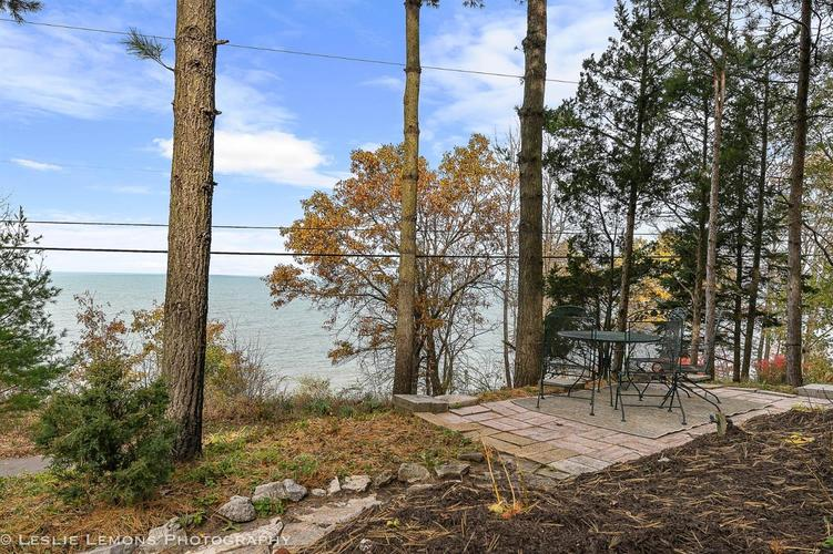 523 E Lake Front Drive Beverly Shores IN 46301 | MLS 470452 | photo 3