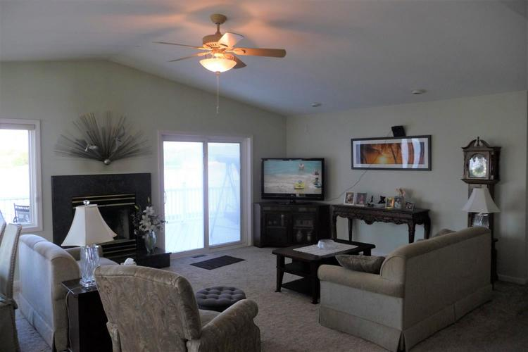 3948 S Lakeshore Drive Crown Point IN 46307 | MLS 470883 | photo 25