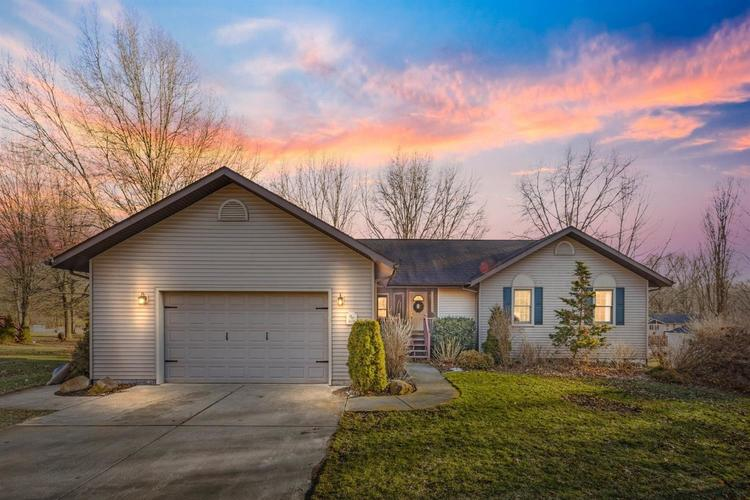 4658 W Riesling Trail LaPorte IN 46350 | MLS 471173 | photo 1