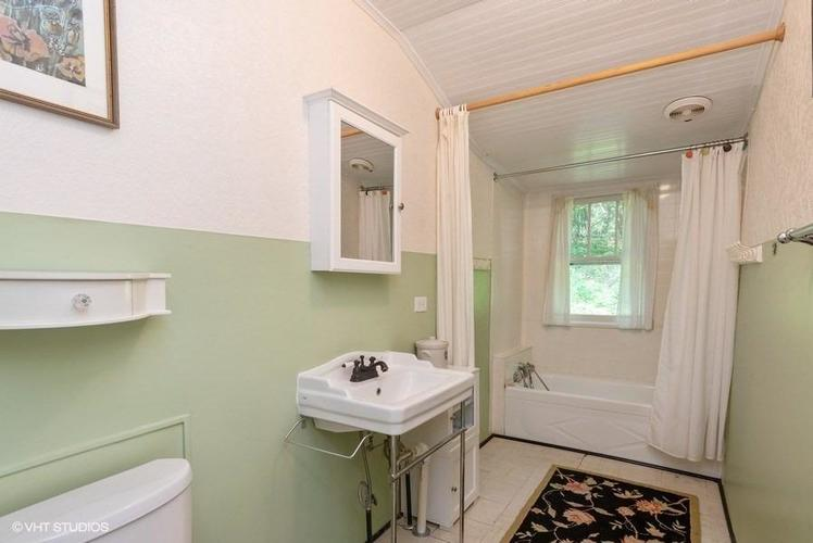 438 E St Clair Beverly Shores IN 46301 | MLS 471308 | photo 12