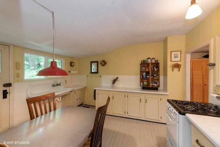 438 E St Clair Beverly Shores IN 46301 | MLS 471308 | photo 6