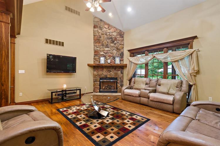 5817 High Grove Court Lowell, IN 46356 | MLS 470882 | photo 3