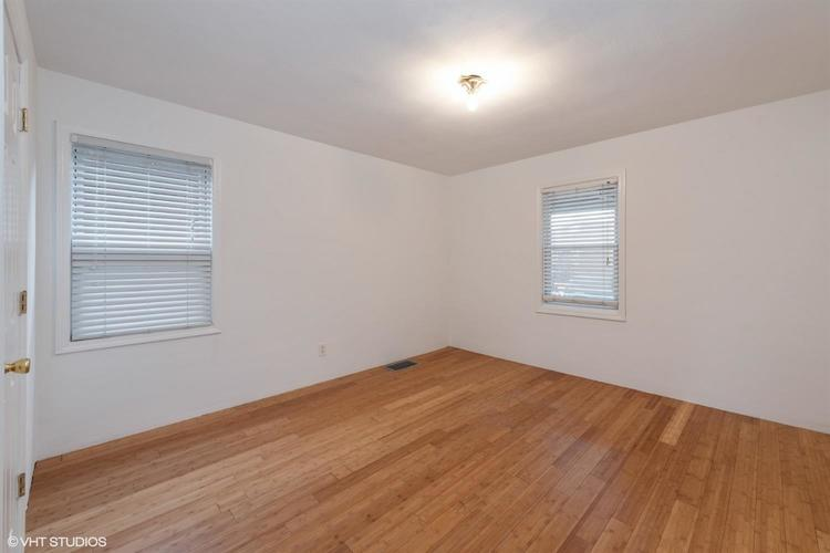1806 Lake Avenue Whiting IN 46394 | MLS 471456 | photo 5