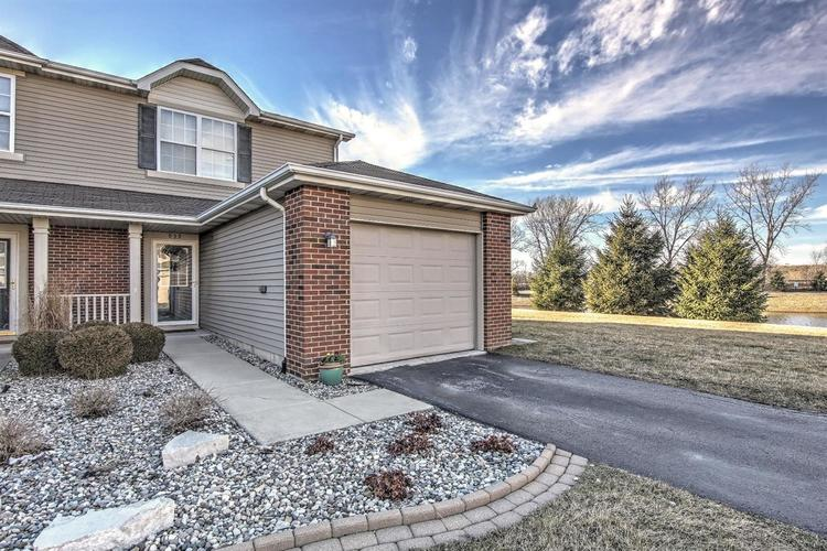 939 Flagstone Drive Dyer, IN 46311 | MLS 471804 | photo 1
