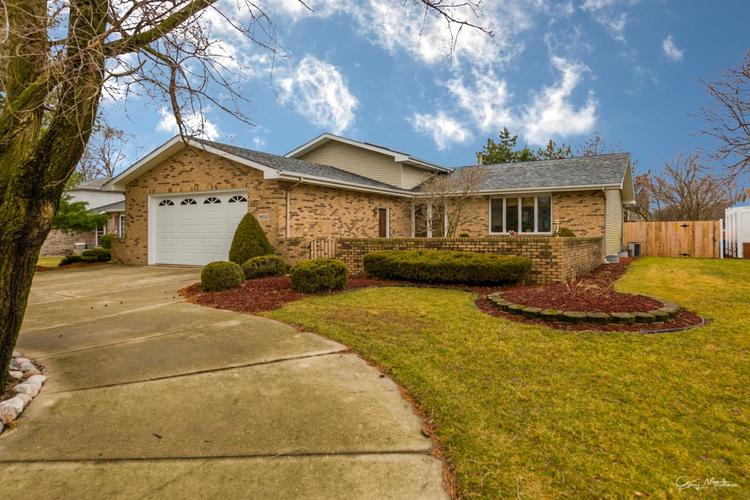 1602 Rosemary Court Dyer, IN 46311 | MLS 471443 | photo 1