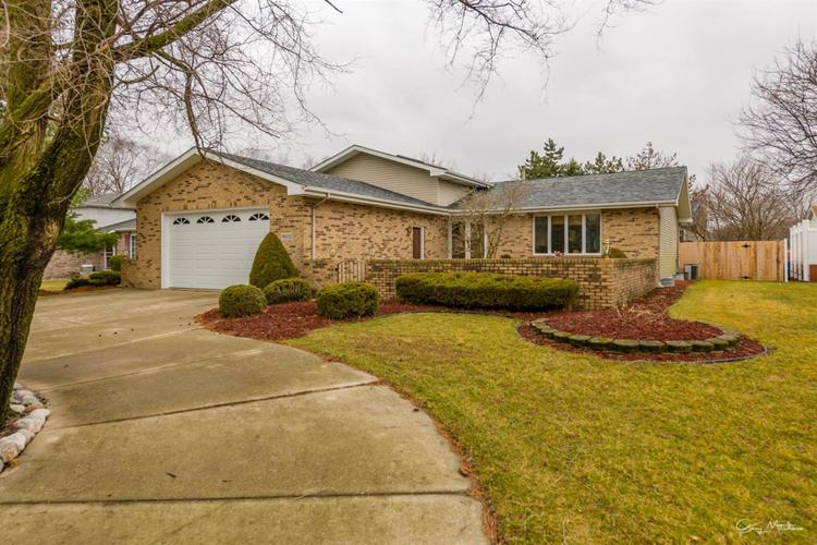1602 Rosemary Court Dyer, IN 46311 | MLS 471443 | photo 3