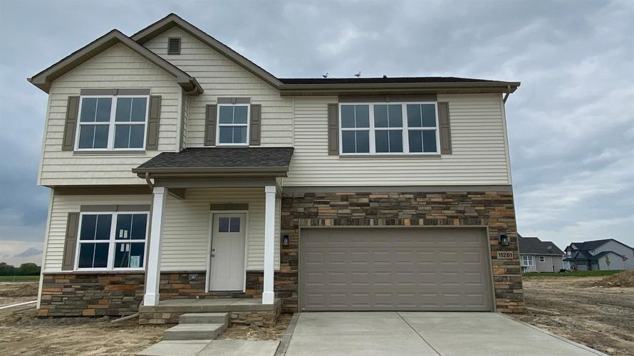 11281 Elkhart Circle Crown Point IN 46307 | MLS 471904 | photo 1