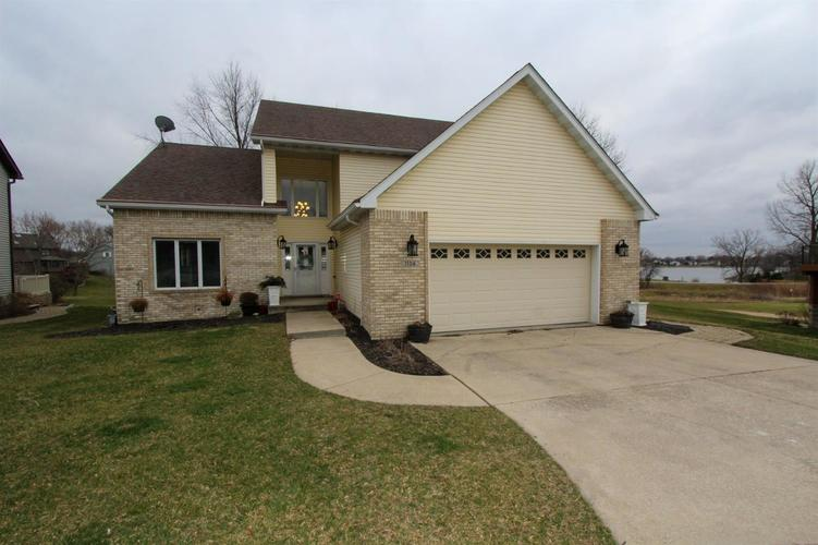 1104 Country Club Drive Crown Point, IN 46307 | MLS 472190 | photo 1