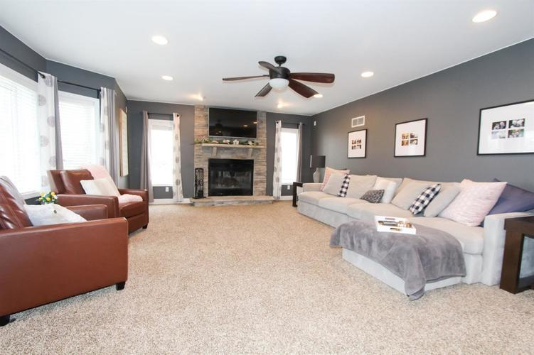 1104 Country Club Drive Crown Point, IN 46307 | MLS 472190 | photo 3