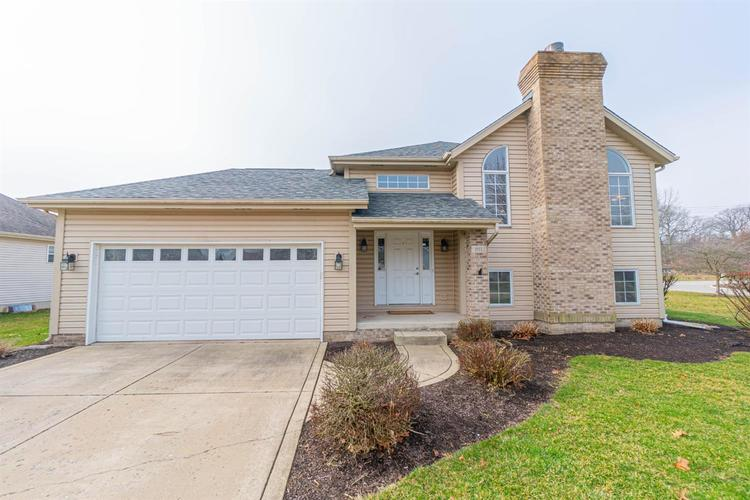 1511 Colonial Drive Chesterton IN 46304 | MLS 472200 | photo 1