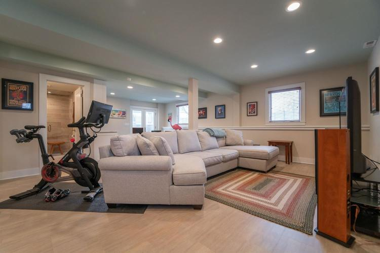 1511 Colonial Drive Chesterton IN 46304 | MLS 472200 | photo 26