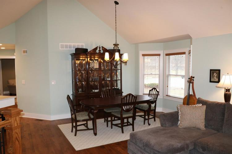 1511 Colonial Drive Chesterton IN 46304 | MLS 472200 | photo 7