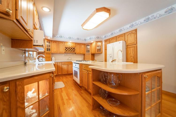 3 S County Line Road Crown Point IN 46307 | MLS 472409 | photo 15