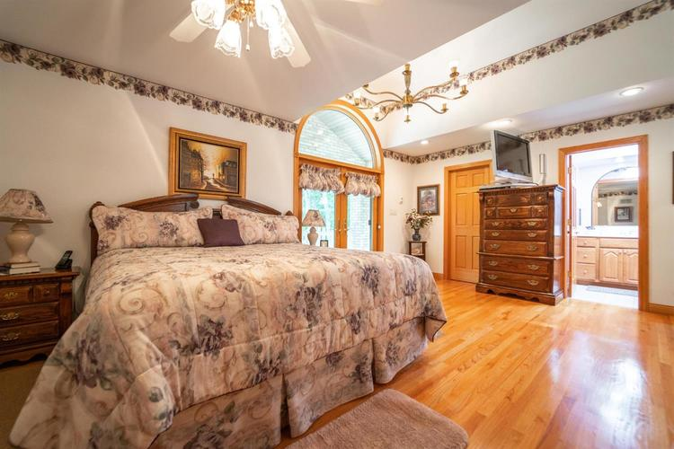 3 S County Line Road Crown Point IN 46307 | MLS 472409 | photo 21