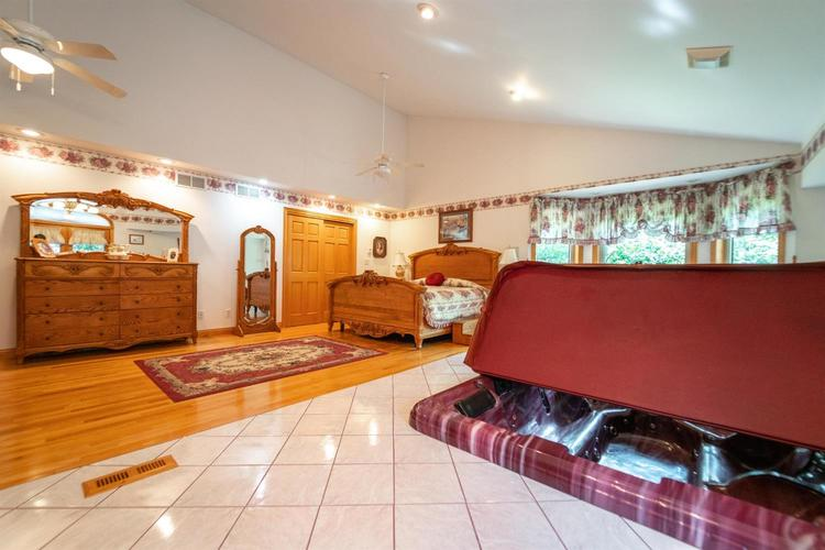 3 S County Line Road Crown Point IN 46307 | MLS 472409 | photo 23