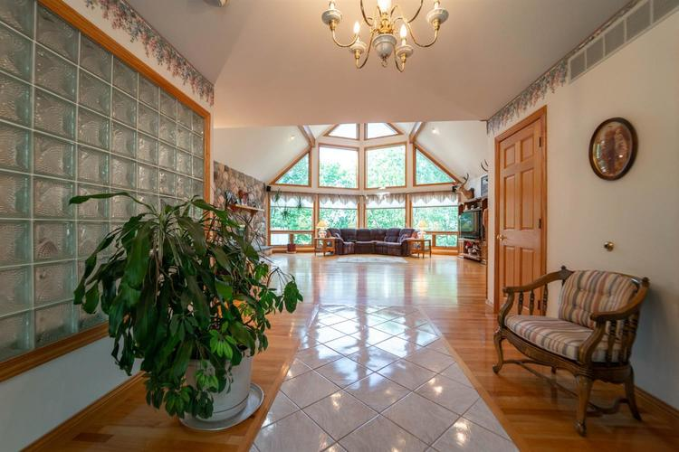 3 S County Line Road Crown Point IN 46307 | MLS 472409 | photo 6