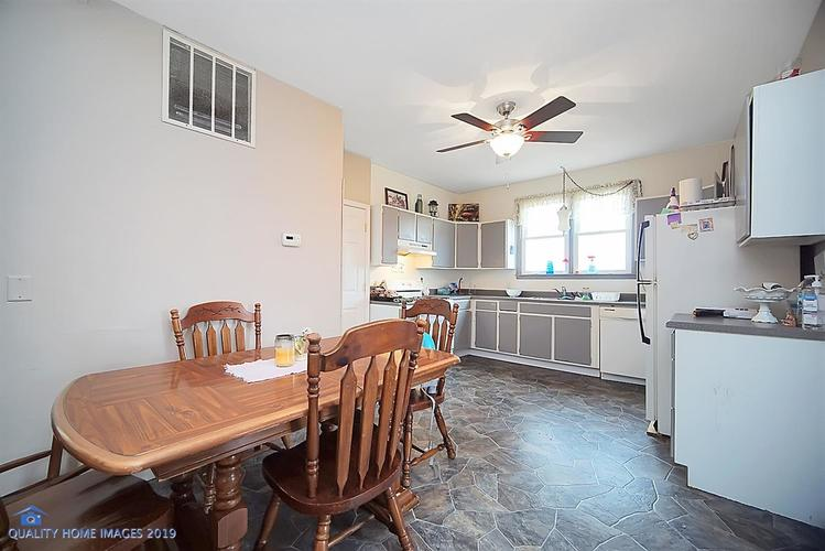 928 15th Avenue NW DeMotte IN 46310 | MLS 472515 | photo 2