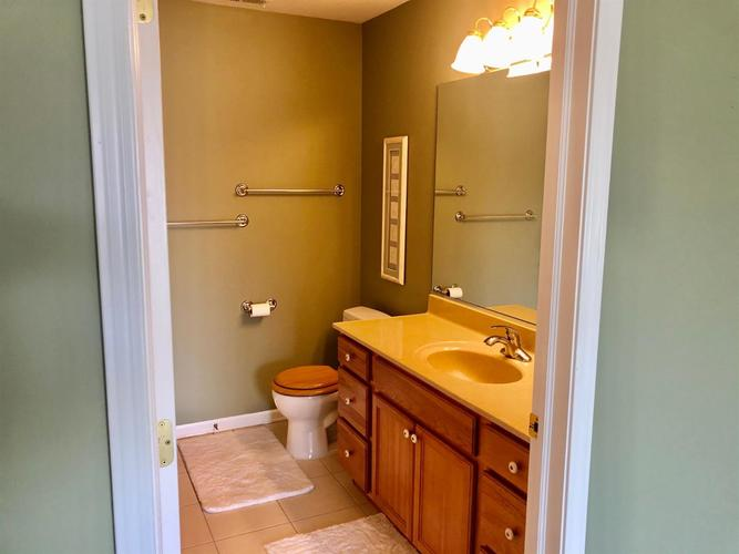 540 Cambridge Court Munster IN 46321 | MLS 472757 | photo 15