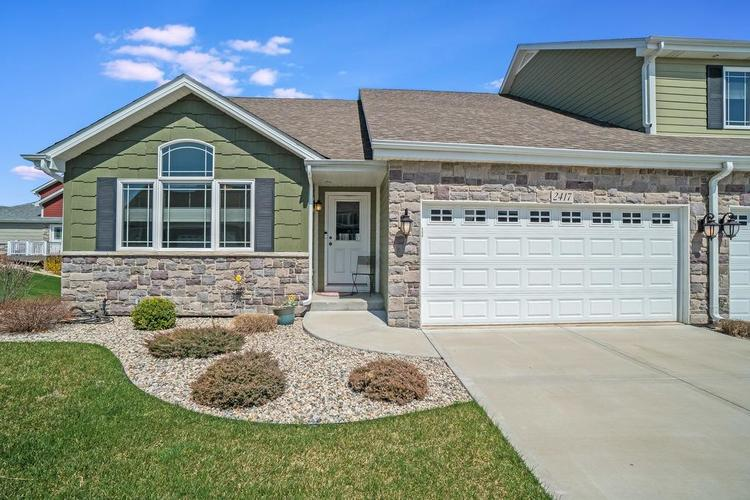 2417 Legend Circle Chesterton IN 46304 | MLS 472926 | photo 2