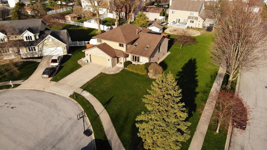 2833 Lindee Circle Dyer IN 46311 | MLS 473348 | photo 4