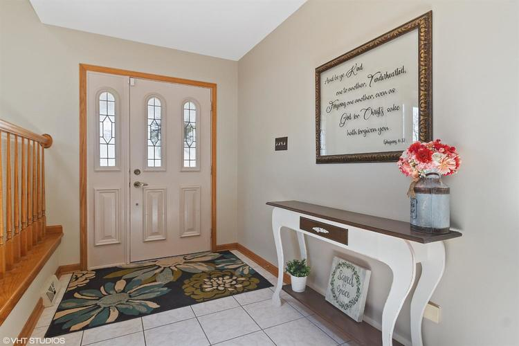 2833 Lindee Circle Dyer IN 46311 | MLS 473348 | photo 6