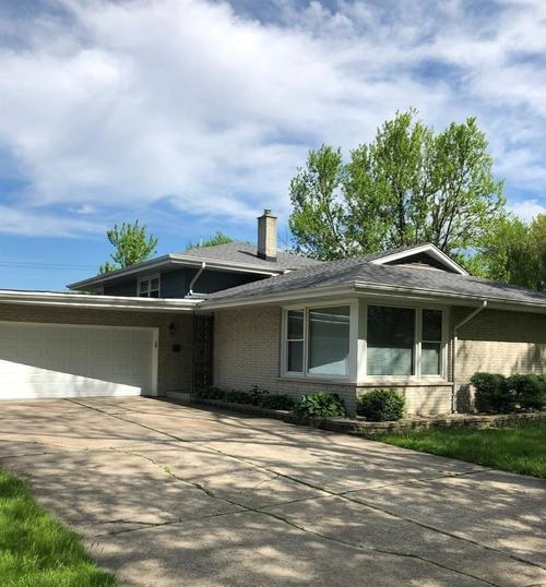 8451 Forest Avenue Munster IN 46321 | MLS 473721 | photo 1