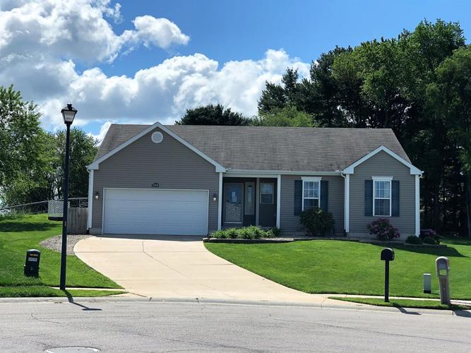 23050 Benson Court South Bend IN 46628 | MLS 473686 | photo 2
