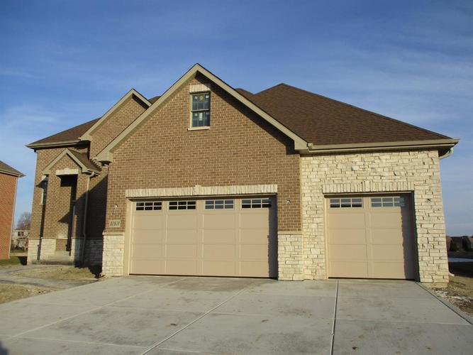 8233 Castle Drive Munster IN 46321 | MLS 473325 | photo 1