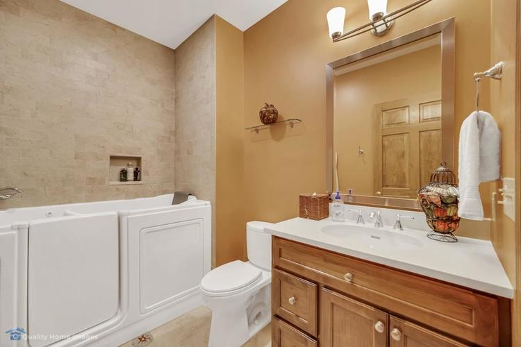2605 Manchester Drive Valparaiso IN 46385 | MLS 473983 | photo 18