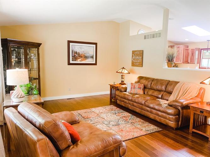 2166 Greenvalley Drive Crown Point IN 46307 | MLS 474397 | photo 5