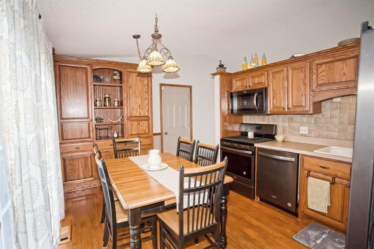 17421 Willowbrook Drive Lowell IN 46356 | MLS 474355 | photo 7