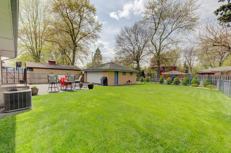 8222 Baring Avenue Munster IN 46321 | MLS 474359 | photo 19