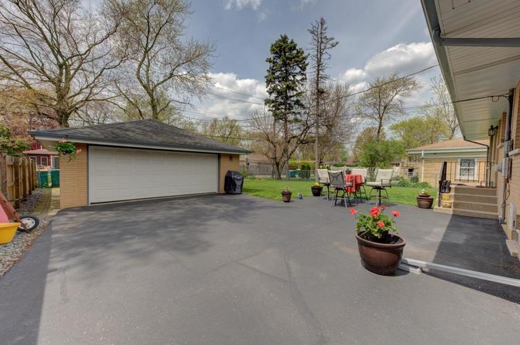 8222 Baring Avenue Munster IN 46321 | MLS 474359 | photo 21