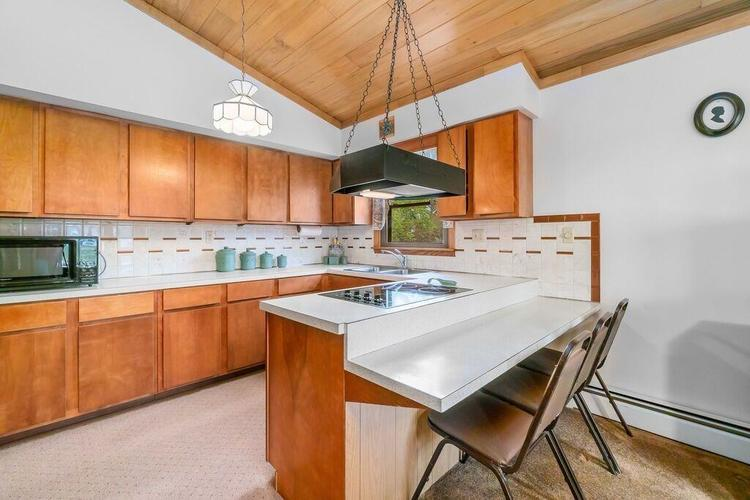 1816 Hickory Street SW DeMotte IN 46310 | MLS 474402 | photo 8