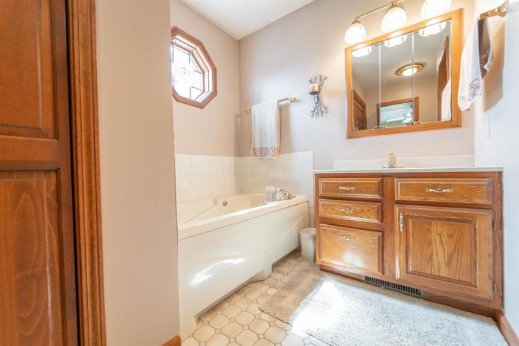 3024 Sunrise Drive Crown Point IN 46307 | MLS 474582 | photo 22