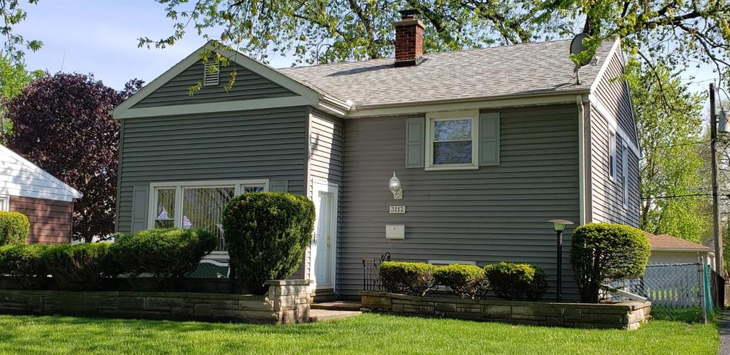 3112 Maple Drive Highland IN 46322 | MLS 474596 | photo 2