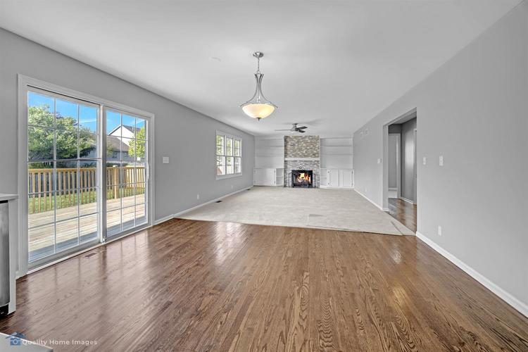 233 Valley View Lane Dyer IN 46311 | MLS 474647 | photo 10